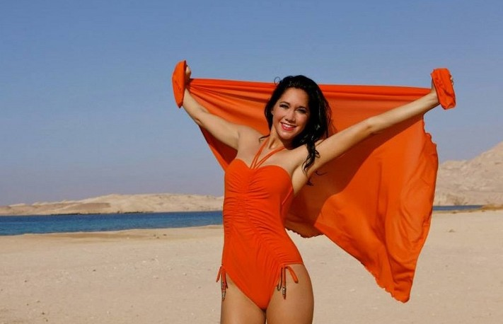 Beach-Shoot-Sunshine-Model-and-Promotion-Agency